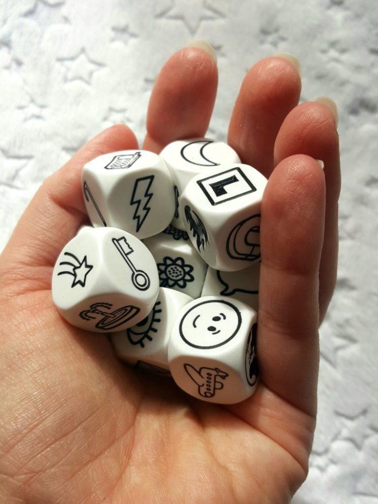 20200316_220337942938854-1024x1024 GRAnatowy czwartek: Story Cubes – Rebel