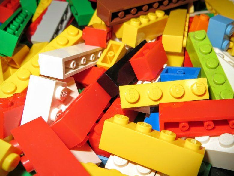 Le jeu et le développement des compétences spatiales et sociales chez l'enfant 1