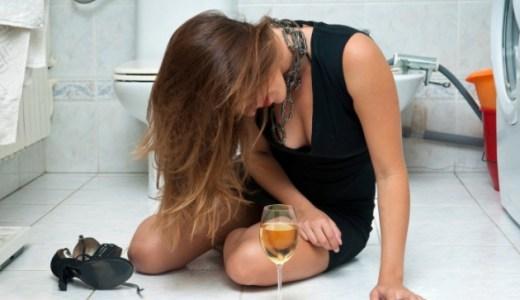 実は、あなたもアルコール依存症!? 7つの症状でチェック