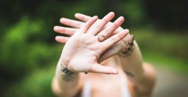 chiromancja - jak interpretować gesty dłoni?