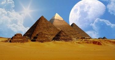 Dlaczego budowano piramidy?