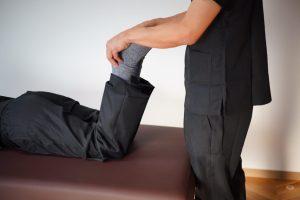 腹臥位膝屈曲テスト