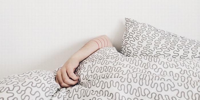 dormir demais ou dormir pouco envelhece