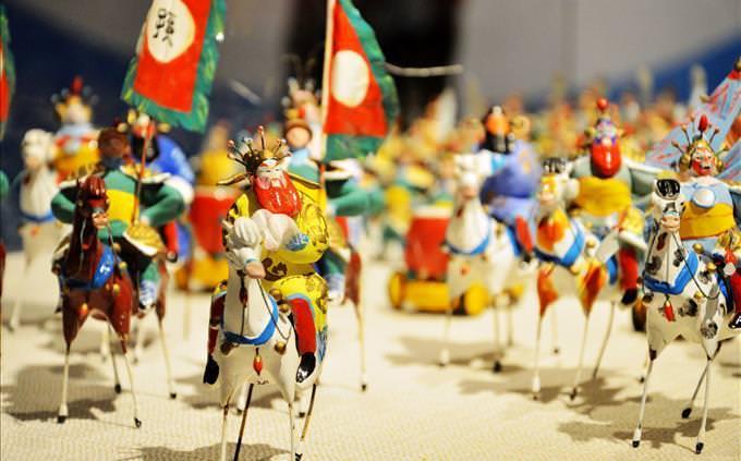 soldados chineses de brinquedo