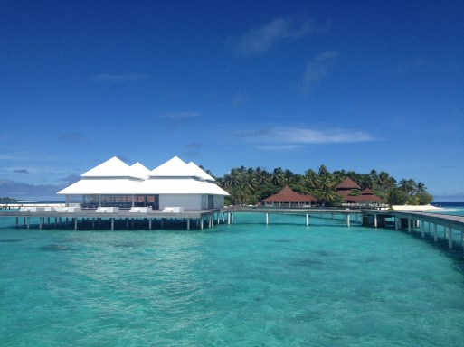 Diamonds Thudufushi, Ilhas Maldivas. Por Packing my Suitcase