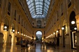 Galleria Vitorio Emanuele II, Milão, Itália. Por Packing my Suitcase.