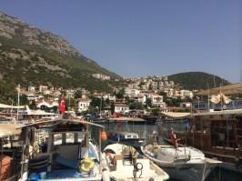 O porto de Kaş
