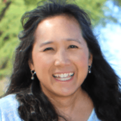 Lourdes Wang