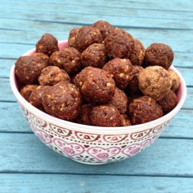 Raw Chocolate Truffles: Southampton Personal Trainer Gen Preece