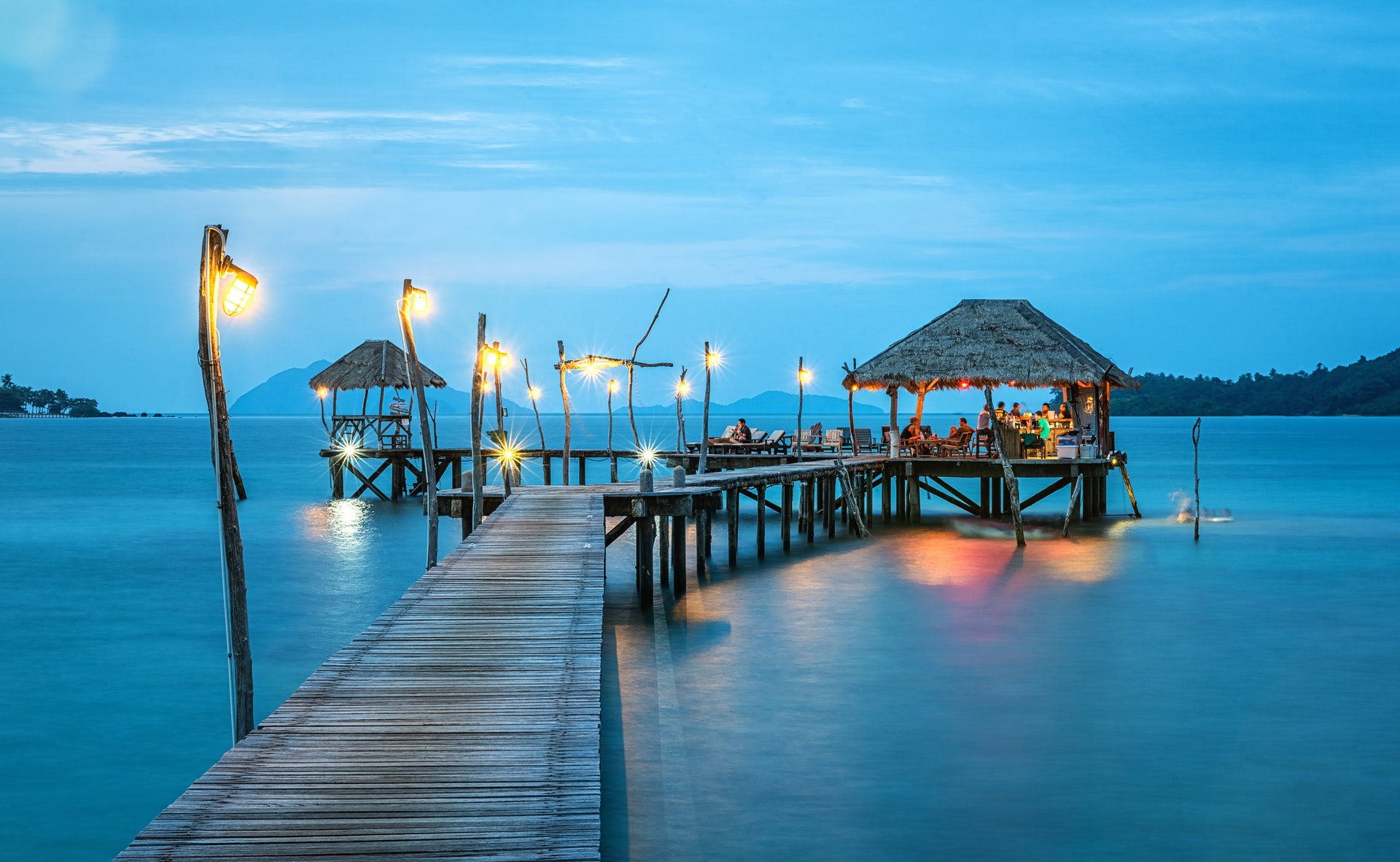 Playa de Cancún al anochecer