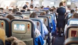 interior de avion listos para despegar