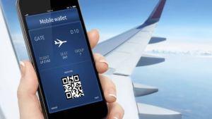 Celular con app de aerolínea