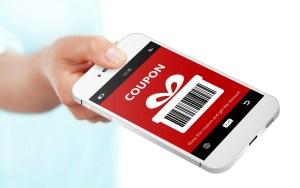 Celular mostrando app de cupones