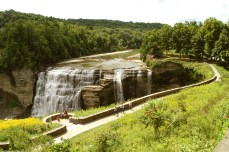 The Letchworth Trail, also part of the Fingers Lakes Trail, offers a 25-mile adventure through Letchworth State Park—the Grand Canyon of the East.