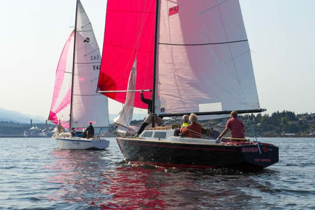 More action from 2014 Nightcap Series race #2.