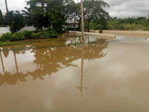 Flood: Ondo, NEMA distribute relief materials to victims