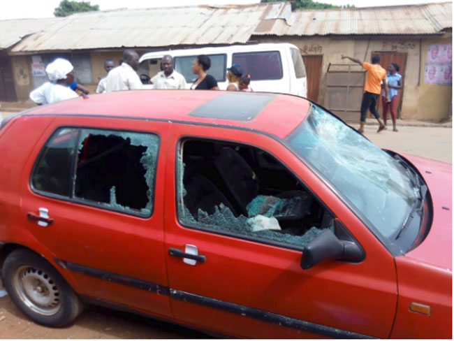 Many Injured, Cars Destroyed As APC, PDP Clash In Kaduna