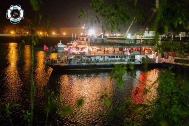 Late Night Music: Boat Affairs