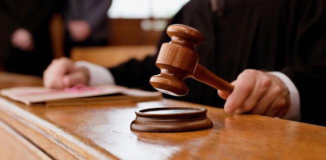 GTY_supreme_court_cases_jef_131003_33x16_1600.jpg