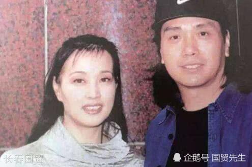劉曉慶前男友近照曝光 如今66歲仍單身 - 萬維讀者網