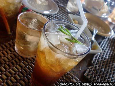 Tarragon iced tea