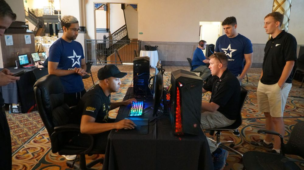 BOSS Soldiers attend esports event