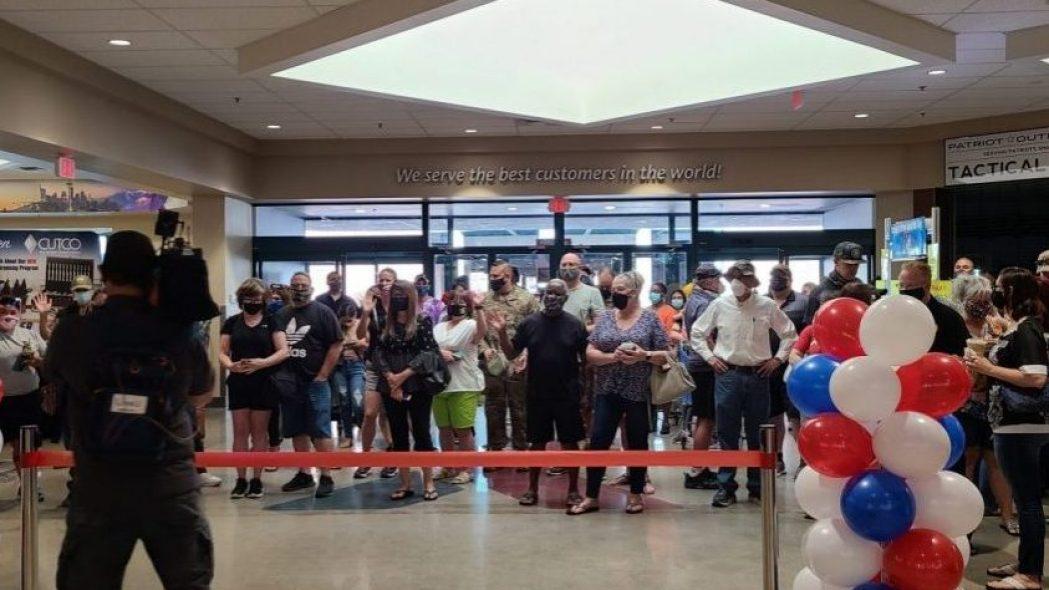 Luke Exchange grand reopening3