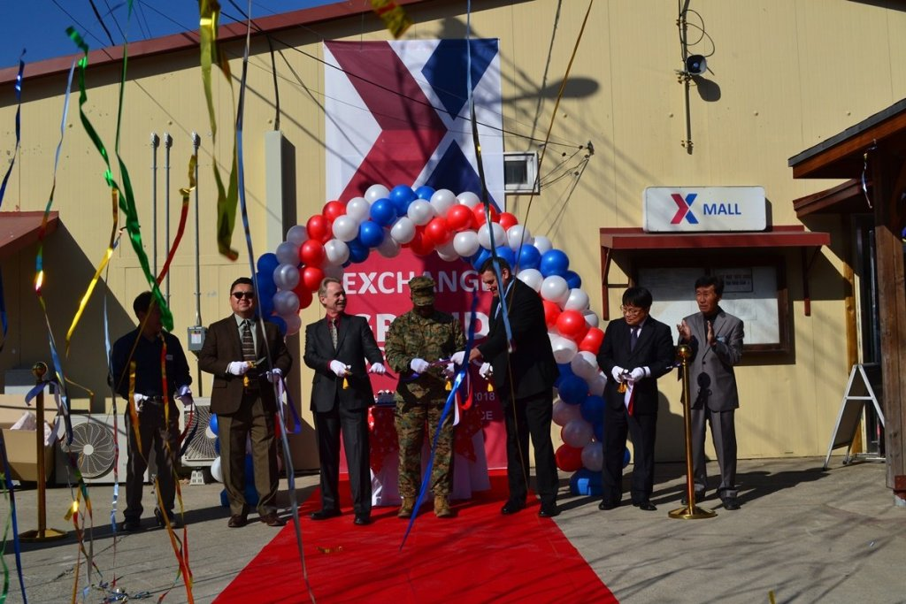 In South Korea, Camp Mujuk commanders joined Exchange leaders in cutting the ribbon on the new Express, which is nearly three times larger than its previous space and features an expanded product selection, including BE FIT healthy snacks, grab-and-go hot food, coffee and more.
