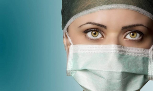 If Your Surgeon Is A Woman, You Are Less Likely to Die Within A Month of Surgery