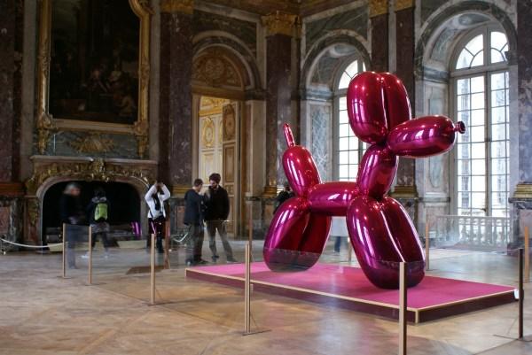 Pay 58m Jeff Koon' Shiny Balloon Dog