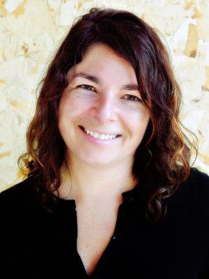 Faculty Headshot for Sarah Gamble