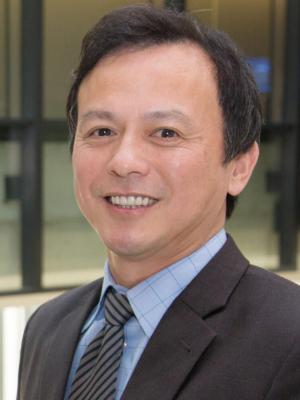 Faculty Headshot for Michael Lu