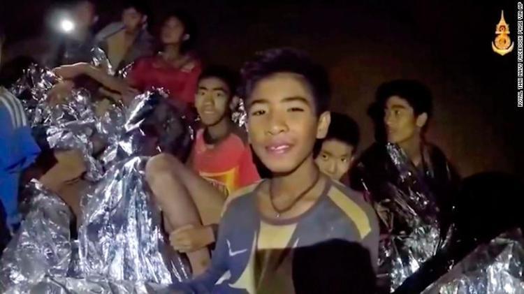 thai soccer team in cave