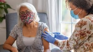 Expansión de la vacunación para adultos mayores en el Condado de King