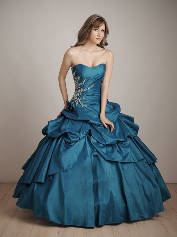 Types Of Elegant Gowns Every Wardrobe Should Have  Navy
