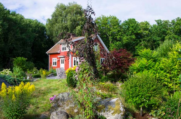 Leaving the cottage in Sweden_