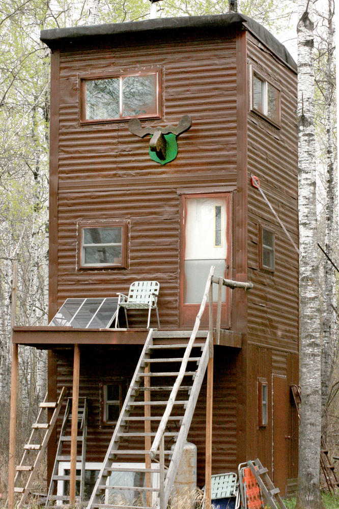 Tree Stand Mansions Dot The Forests NewsCut Minnesota