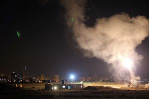 Iron Dome system intercepts Gaza rockets aimed at central Israel, July 8, 2014 © IDF | Flickr