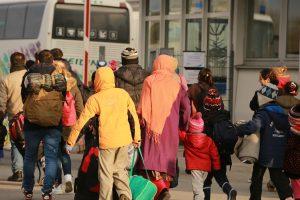 Migranten In Passau am 10.12.2015 Clearingstelle der Bundespolizei © Metropolico.org | Flickr