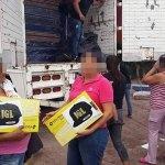 Damnificados en Sinaloa reciben ayuda de ¿El Chapo?
