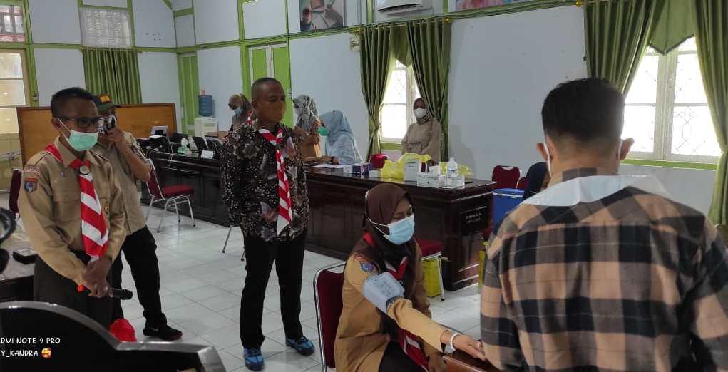kegiatan vaksinasi Covid-19 di Kwartir Cabang Gerakan Pramuka Kota Baubau.