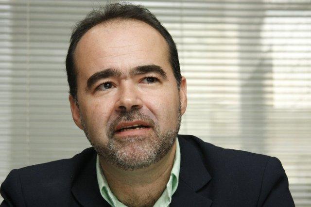 PMDB-PE se divide e Júlio Lóssio apoiará Armando - Brasil 247