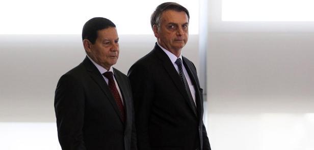 O presidente Jair Bolsonaro e o vice-presidente Hamilton Mourão