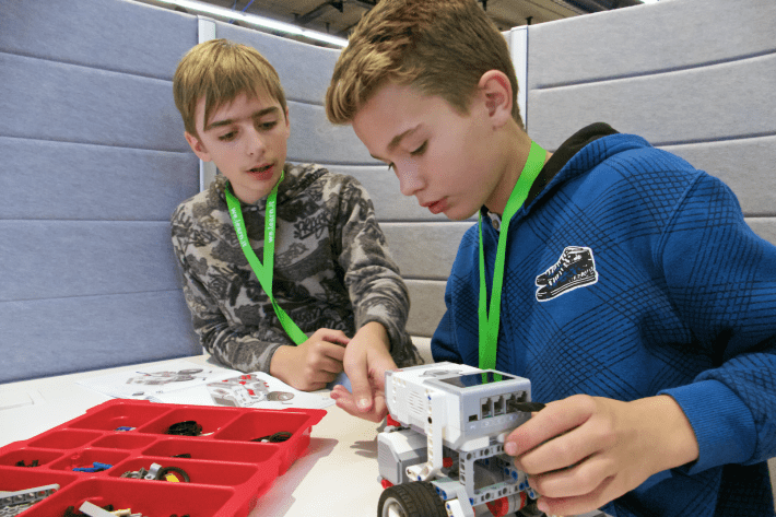 Frederick and Lucian worked on building a robot at the Frankfurt Book Fair's Classroom of the Future
