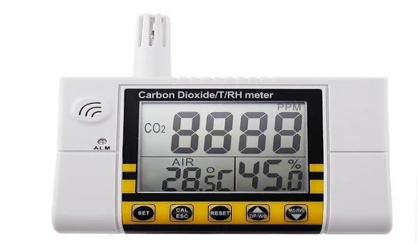 kontrola jakości powietrza wewnątrz pomieszczeń