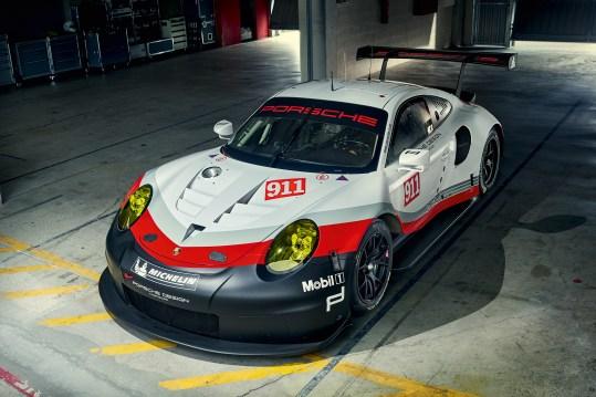 Porsche 911 RSR_4