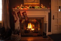 stocking-hanging-fireplace | the Pub servation
