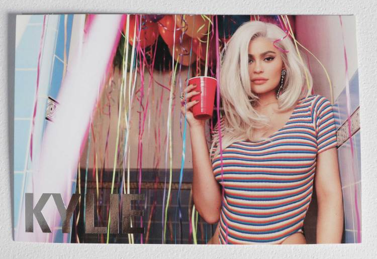 Kylie Jenner 21 Makeup Collection Birthday Card