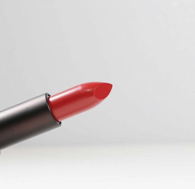 Strong Flesh Lipstick in Heart
