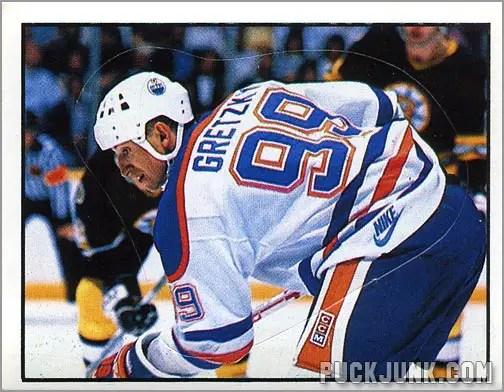 1988-89 Panini Stickers #193 - Wayne Gretzky (Action)